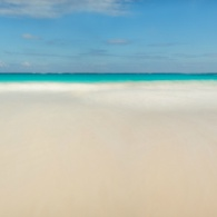 Pink-Sands-Beach-Harbour-Island-Pano